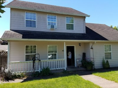 Newberg, Dundee Single Family Home For Sale: 408 Nathan Dr