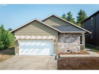 Beaverton Single Family Home For Sale: 10555 SW Crestwood Dr