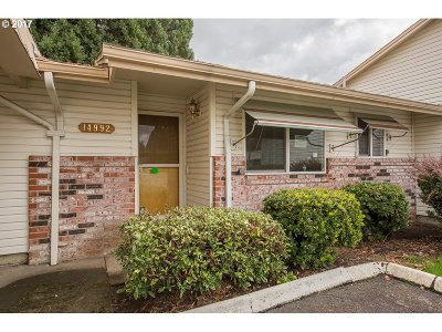 Clackamas County, Columbia County, Jefferson County, Linn County, Marion County, Multnomah County, Polk County, Washington County, Yamhill County Condo/Townhouse For Sale: 14992 SE Caruthers Ct