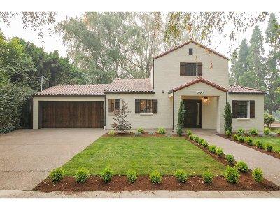Portland Single Family Home For Sale: 2780 SE Tolman St
