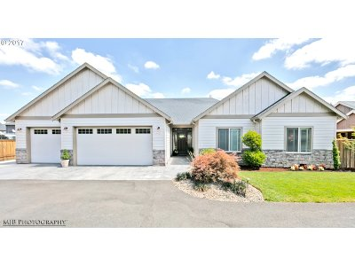Canby Single Family Home Sold: 1410 NE 17th Ave