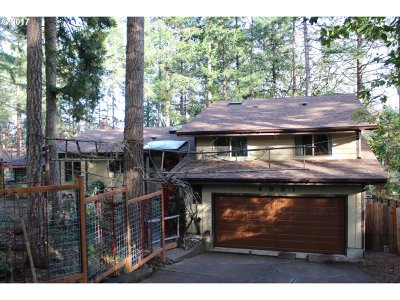 Eugene Single Family Home For Sale: 4931 Fox Hollow Rd