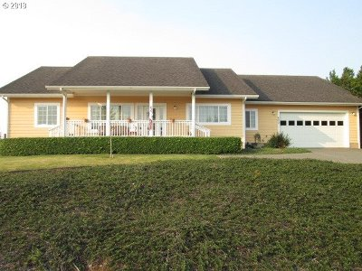 Bandon Single Family Home For Sale: 600 Windcrest Dr