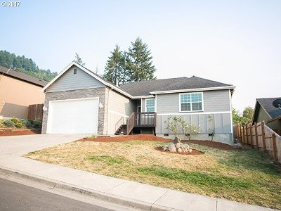 Creswell Single Family Home For Sale: 1053 Ruby Clair Dr