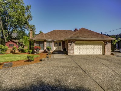 West Linn Single Family Home For Sale: 2260 Volpp St