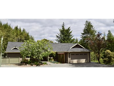 Gold Beach Single Family Home For Sale: 32934 Cedar Valley Rd