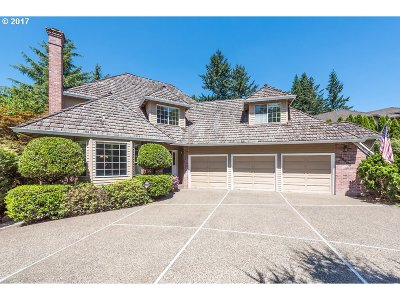 Tualatin Single Family Home For Sale: 22265 SW Taylors Dr