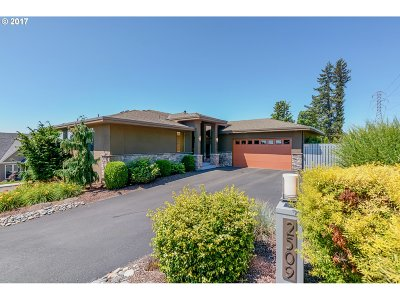 Washougal Single Family Home For Sale: 2509 39th St