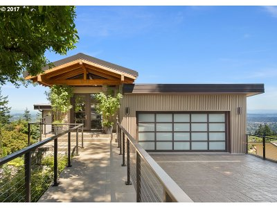 , Portland, West Linn, Lake Oswego Single Family Home For Sale: 5262 SW Westwood Vw