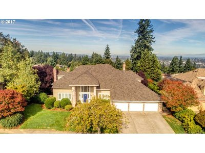 West Linn Single Family Home For Sale: 2675 Lexington Ter