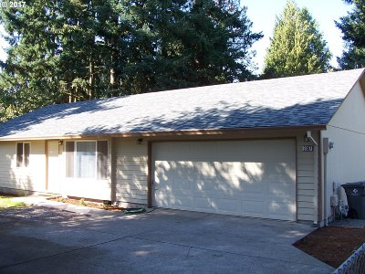 Portland OR Single Family Home For Sale: $289,000
