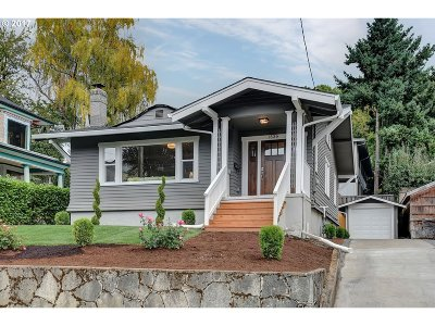 Portland Single Family Home For Sale: 1536 SE 21st Ave