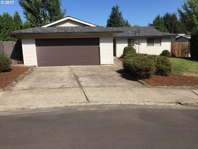 Beaverton OR Single Family Home For Sale: $340,000