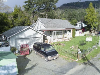 Brookings Single Family Home For Sale: 97917 Court St