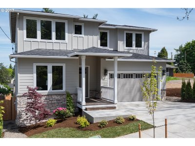 Single Family Home For Sale: 160 SE 71st Ave