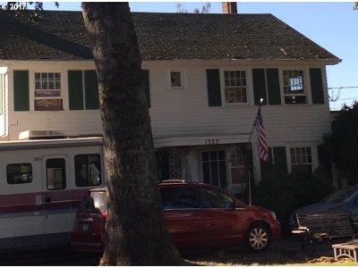 Single Family Home For Sale: 1325 NE Cornell Rd
