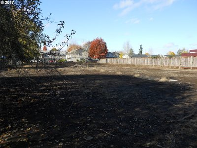 Springfield Residential Lots & Land For Sale: 276 S 42nd St
