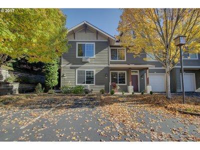 Vancouver WA Condo/Townhouse For Sale: $225,000