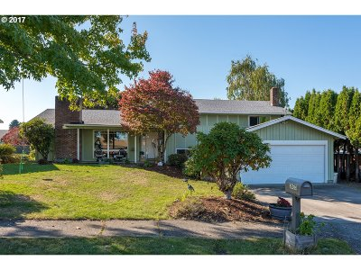 Portland Single Family Home For Sale: 3633 NE 140th Ave