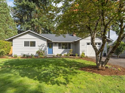 Lake Oswego Single Family Home For Sale: 5907 Kenny St