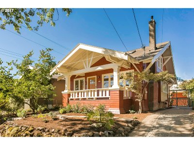 Single Family Home For Sale: 4511 SE Clay St
