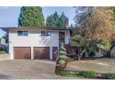 Tigard Single Family Home For Sale: 11515 SW Terrace Trails Dr