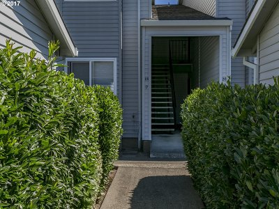 Beaverton Condo/Townhouse For Sale: 15000 SW Farmington Rd #18