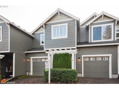 West Linn Single Family Home For Sale: 20248 Hoodview Ave