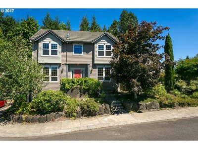 Portland Single Family Home For Sale: 1900 NW Millcrest Pl
