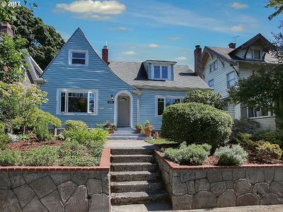 Portland Single Family Home For Sale: 2946 NE 12th Ave