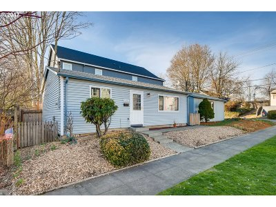 Portland Single Family Home For Sale: 4501 SE 36th Ave