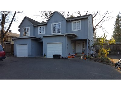 Tigard Multi Family Home Pending: 9985 SW Walnut St