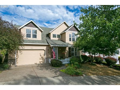 West Linn Single Family Home For Sale: 19866 Bennington Ct