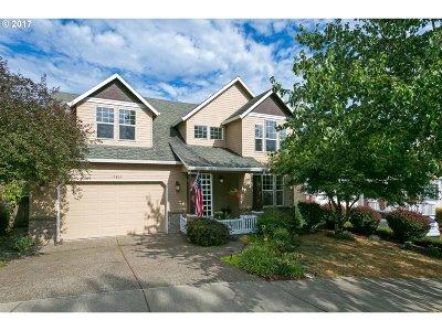 West Linn Single Family Home For Sale: 19866 Bennington Ct