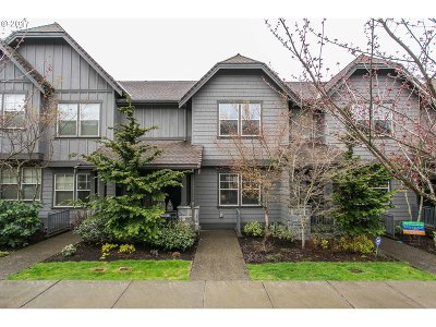Portland Single Family Home For Sale: 629 SW Trillium Creek Ter
