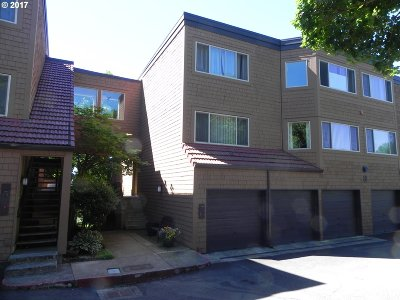 Lake Oswego Condo/Townhouse For Sale: 61 Oswego Smt