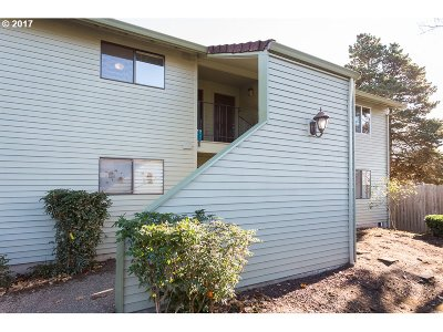Beaverton, Aloha Condo/Townhouse For Sale: 5160 SW 180th Ave