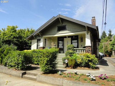 Hillsboro Single Family Home For Sale: 363 W Main St