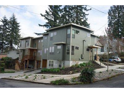 Clackamas County, Multnomah County, Washington County Multi Family Home For Sale: 6680 NE Davis St