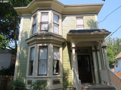 Clackamas County, Multnomah County, Washington County Multi Family Home For Sale: 2625 SE Stark St