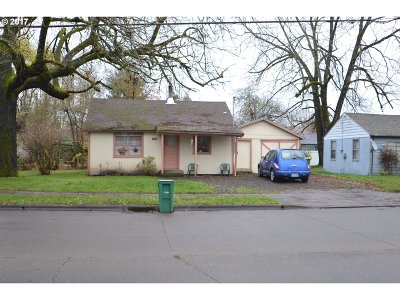 Forest Grove Single Family Home For Sale: 1912 Maple St