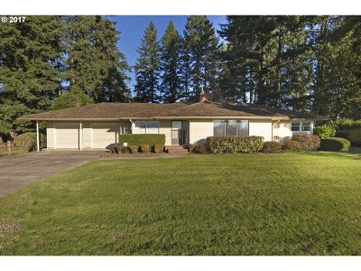 Canby Single Family Home For Sale: 2486 SE 1st Ave