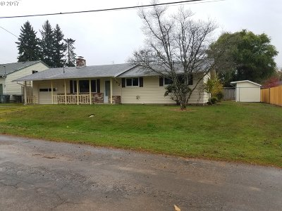 Hillsboro, Cornelius, Forest Grove Single Family Home For Sale: 902 NW Donelson St