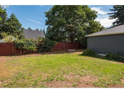 Portland Single Family Home For Sale: 4430 NE 36th Ave