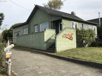 Gold Beach Single Family Home For Sale: 94199 Caughell St