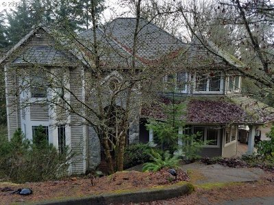 Single Family Home For Sale: 1483 Woodland Ter