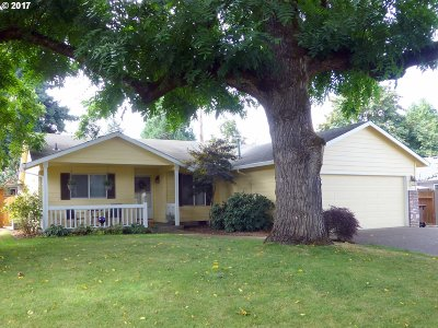 Oregon City Single Family Home For Sale: 922 Haley Ct