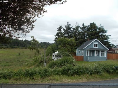 Coos Bay Single Family Home For Sale: 1063 California