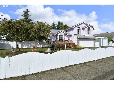 Estacada Single Family Home For Sale: 1001 N Broadway St