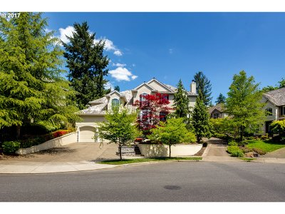 West Linn Single Family Home For Sale: 2130 Fairhaven Ct